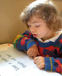 Down syndrom reading student